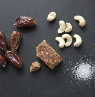 dates-snackbars-cashews